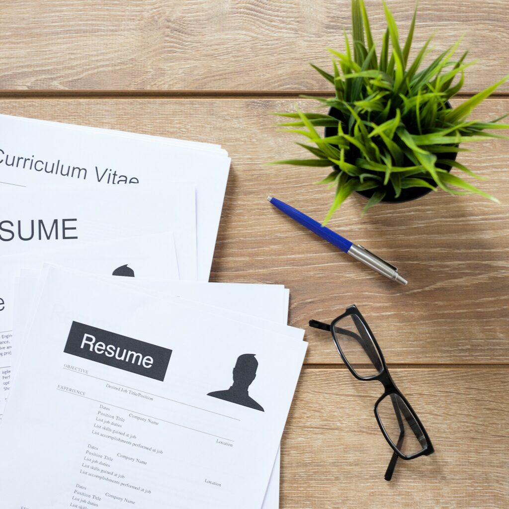 4 Types of Resumes You Can Write