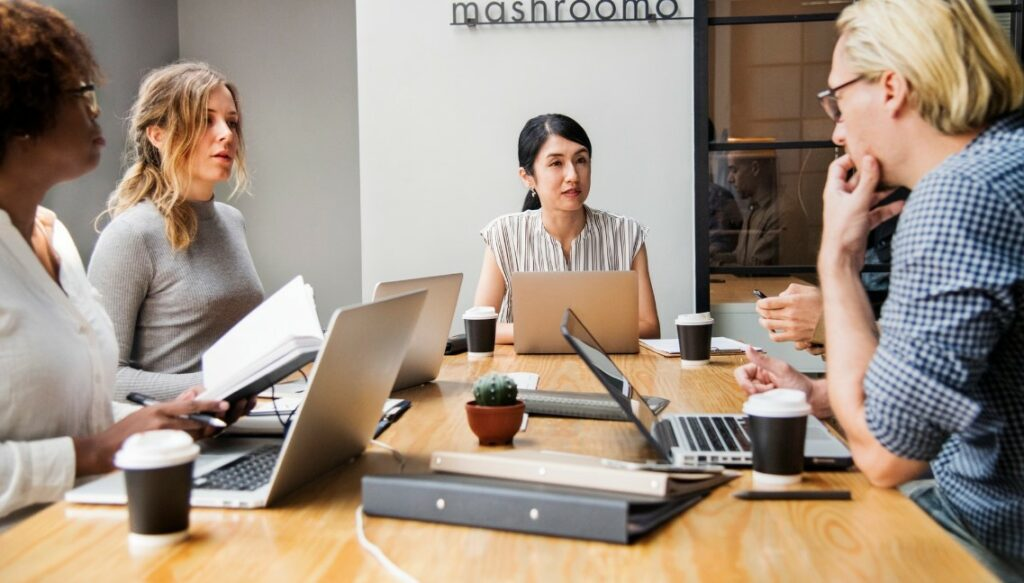 Small-Medium Business – 7 Tips For More Effective, Purposeful and Shorter Business Meetings